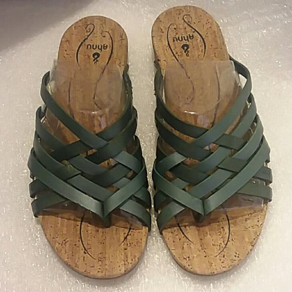 93feb5f5f937 Ahnu Maia Thong Sandal Teal Size 7 NEW